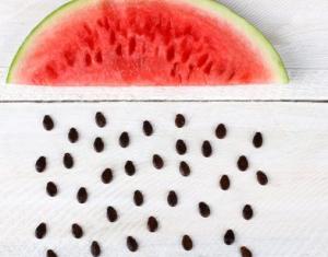 Manfaat Makan Biji Semangka